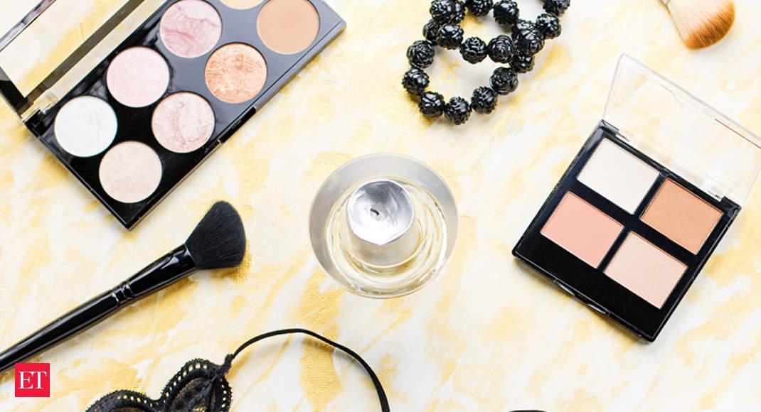 Decisões de compra do segmento de beleza observando forte influência digital: Relatório