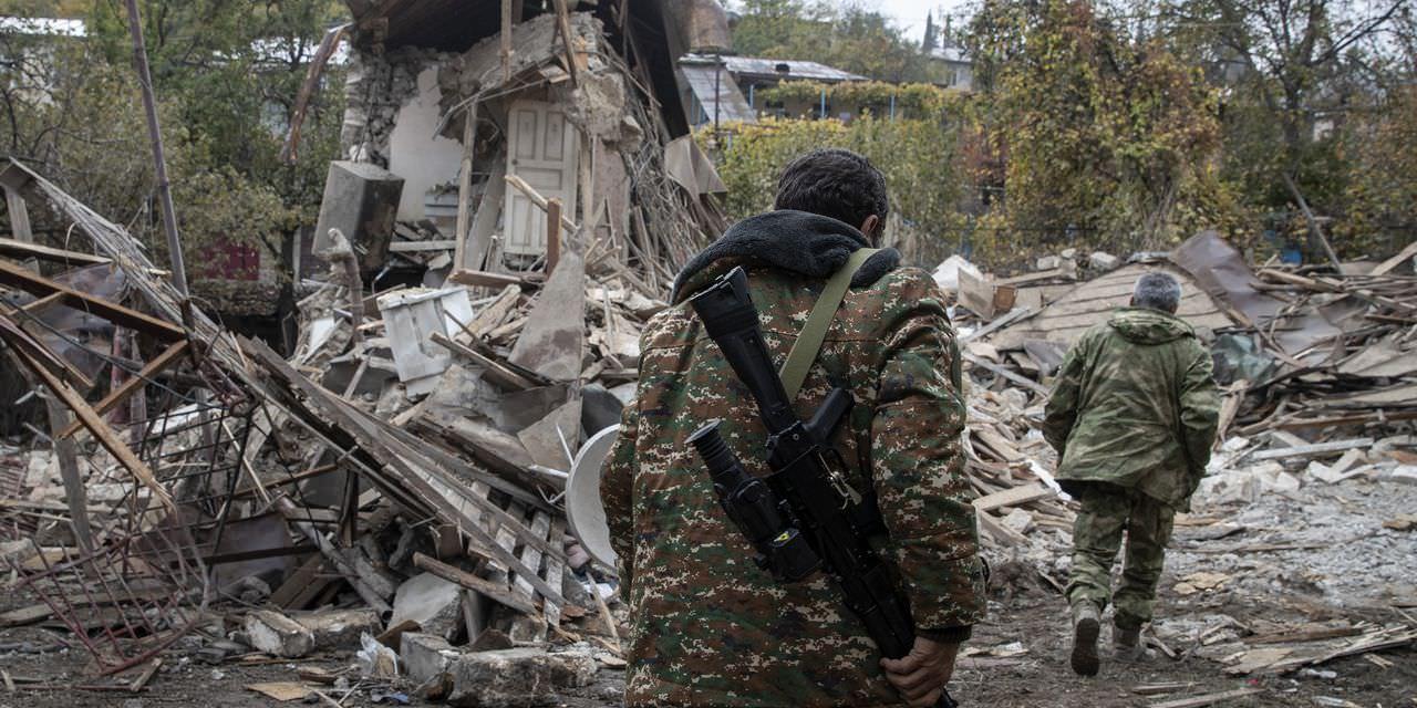 Azerbaijão ganha em conflito com a Armênia, atrasando esforços de paz