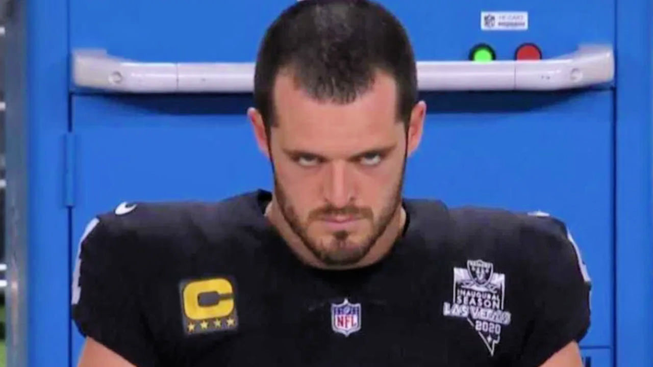 Angry Derek Carr é o mais recente meme da NFL