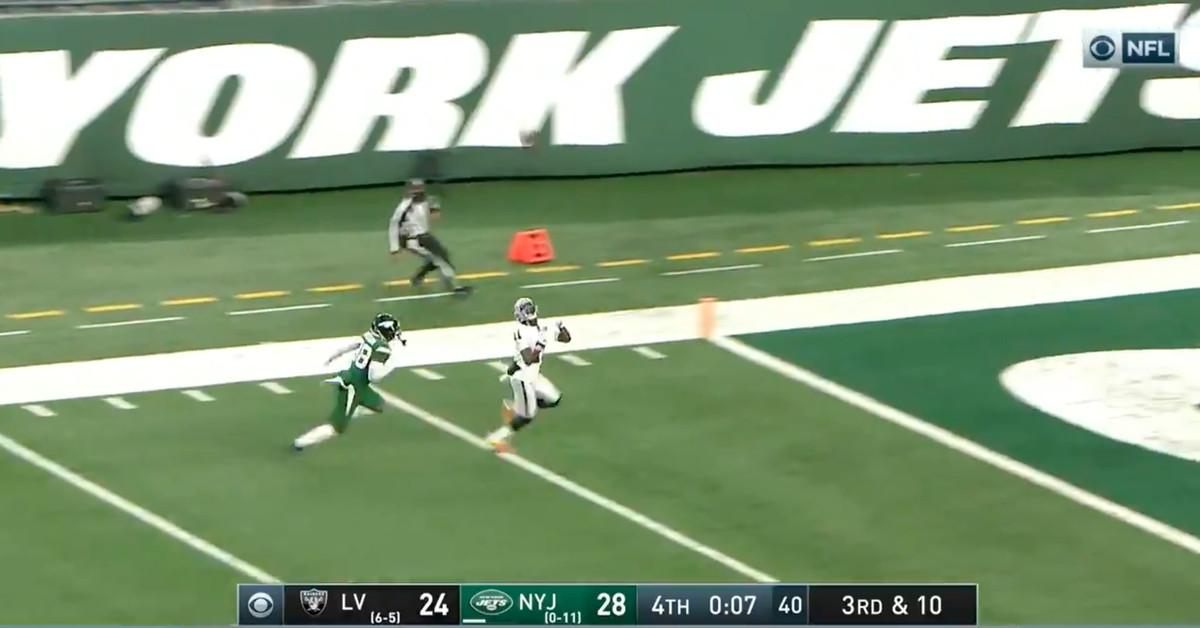 Os Jets mergulharam em uma derrota ridícula no último segundo para manter a escolha nº 1 do draft da NFL