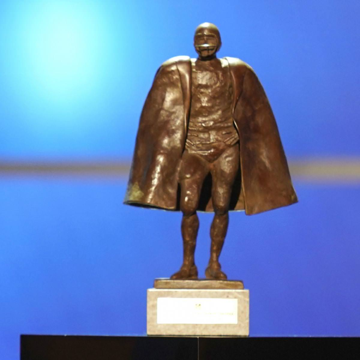 Wilson, Kelce entre os nomeados para o prêmio Walter Payton de Homem do Ano de 2020