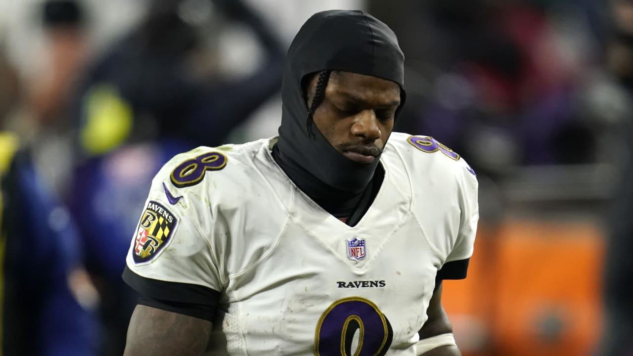 Ravens QB Lamar Jackson (câimbras) questionável para retornar vs. Browns – NFL.com