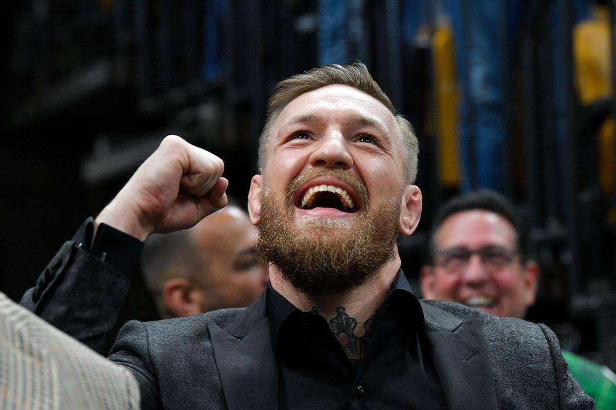 Assista: Conor McGregor envia mensagem motivacional ao filho do ex-jogador da NFL antes da cirurgia reconstrutiva facial