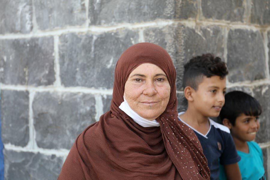 Síria- Uma mulher e sua família em busca constante por segurança