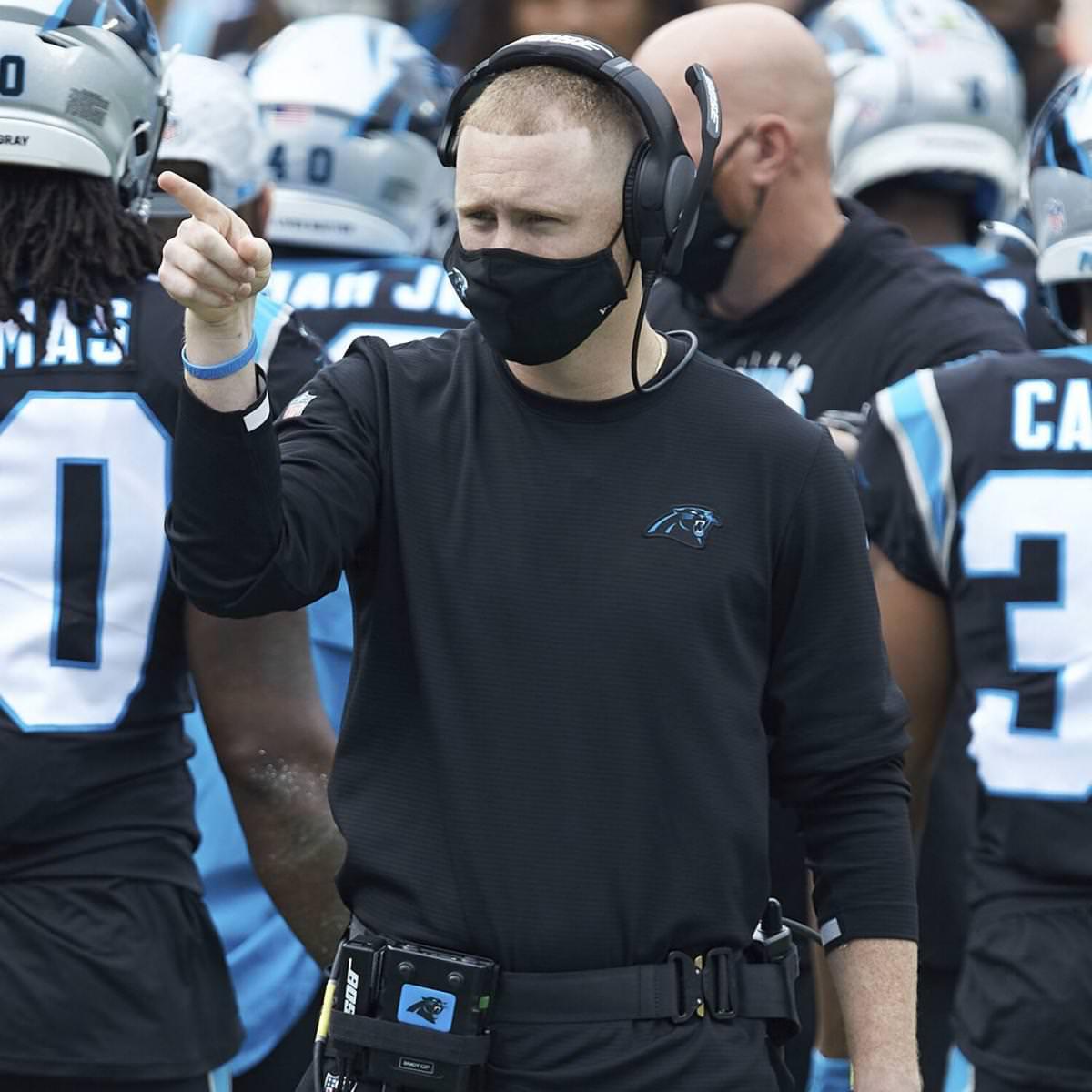 Panthers OC Joe Brady supostamente recebe solicitação de entrevista de HC da equipe da NFL