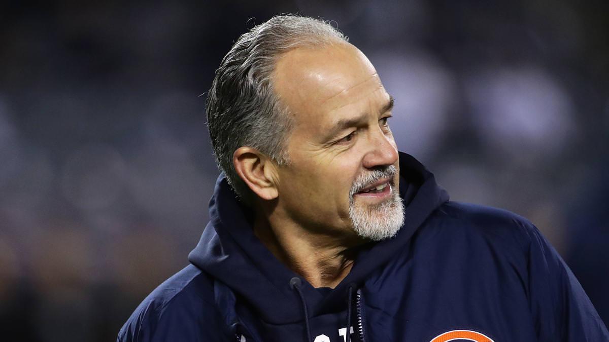O coordenador defensivo do Bears, o técnico de longa data da NFL, Chuck Pagano, está se aposentando, segundo relatório