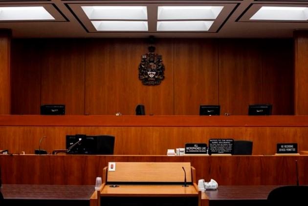 Médico legista testemunha que mulher sofreu ferimentos horríveis no hotel Edmonton