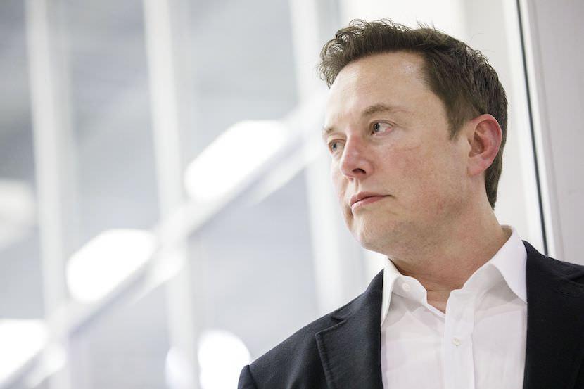 Elon Musk: O homem, o mito, o influenciador