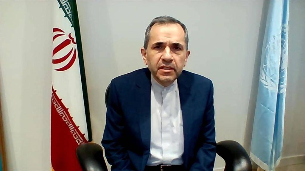 Alto diplomata iraniano diz que EUA 'deveriam dar o primeiro passo' voltando ao acordo nuclear