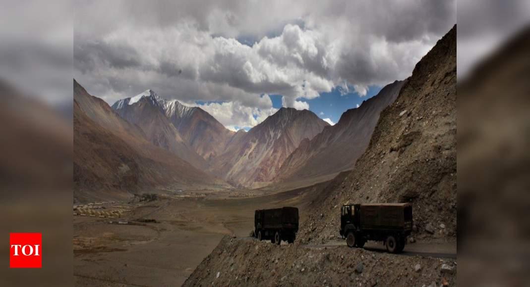 Índia, China chegaram perto da guerra no ano passado, diz o Tenente-General