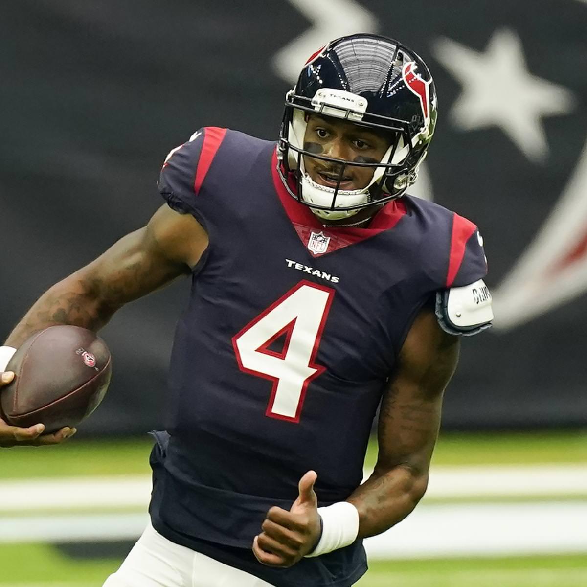 Rumores de negócios da NFL: os broncos não querem Carson Wentz, perseguem Deshaun Watson
