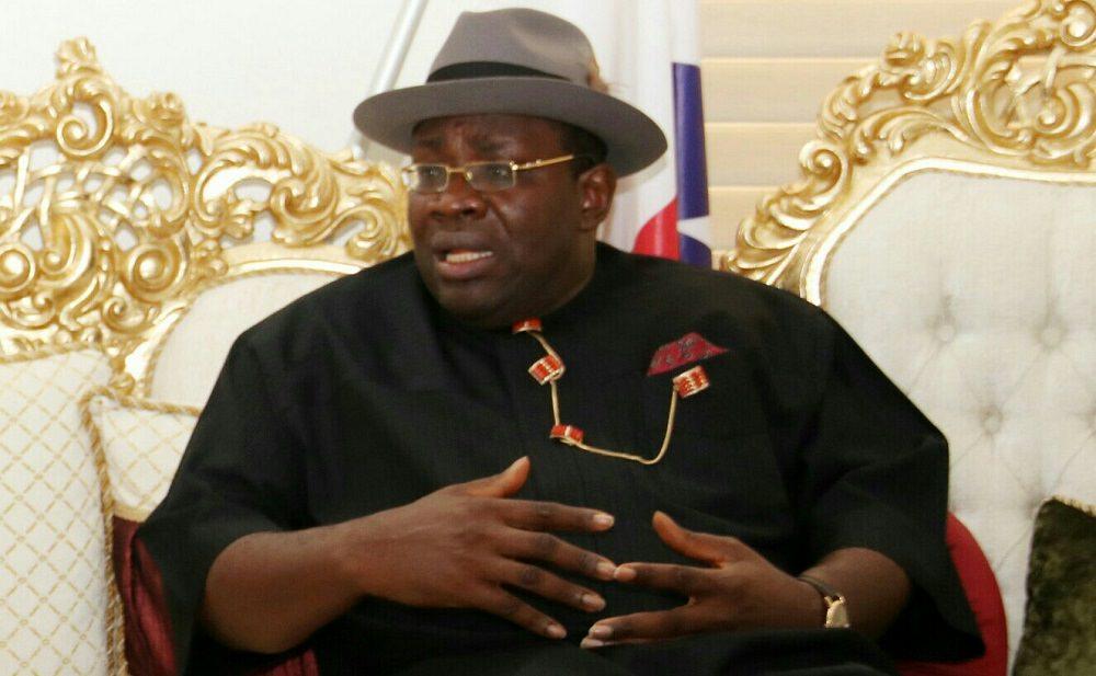 Processo por difamação de N10 bilhões: Membro do PDP de Bayelsa arquiva defesa, acusa o ex-governador Dickson de desfalque de N1 trilhão