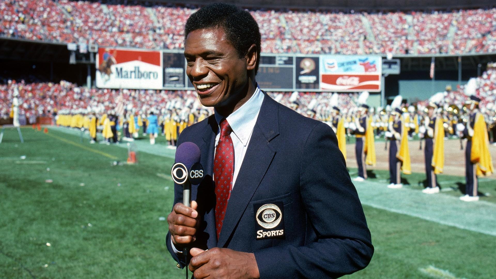 O mundo dos esportes se lembra de Irv Cross, ex-jogador da NFL que se tornou pioneiro na TV esportiva