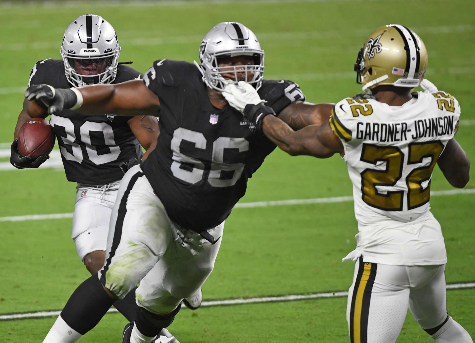 Las Vegas Raiders lança veterano na linha ofensiva