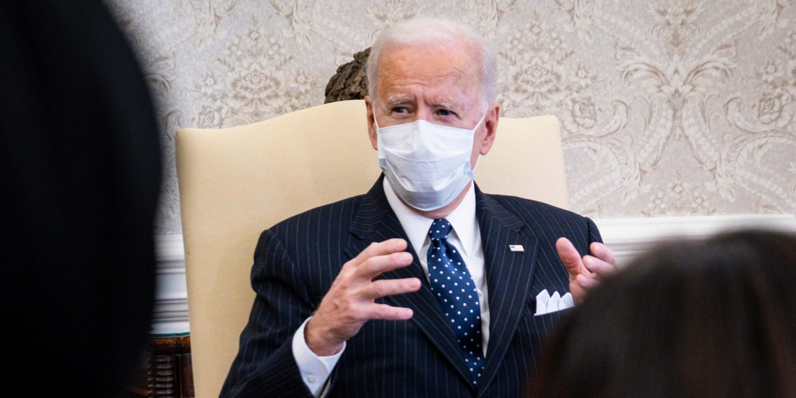 Depois que Biden perdeu os caucuses de Iowa em 2020, os funcionários sugeriram que ele refinanciasse sua casa, diz o novo livro