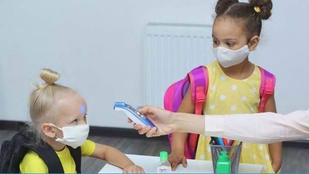 Emirados Árabes Unidos: a gravidade da Covid entre crianças depende da resposta imunológica