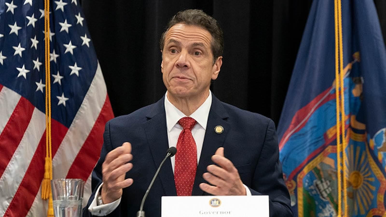O governador de NY, Cuomo, não renunciará em meio a alegações