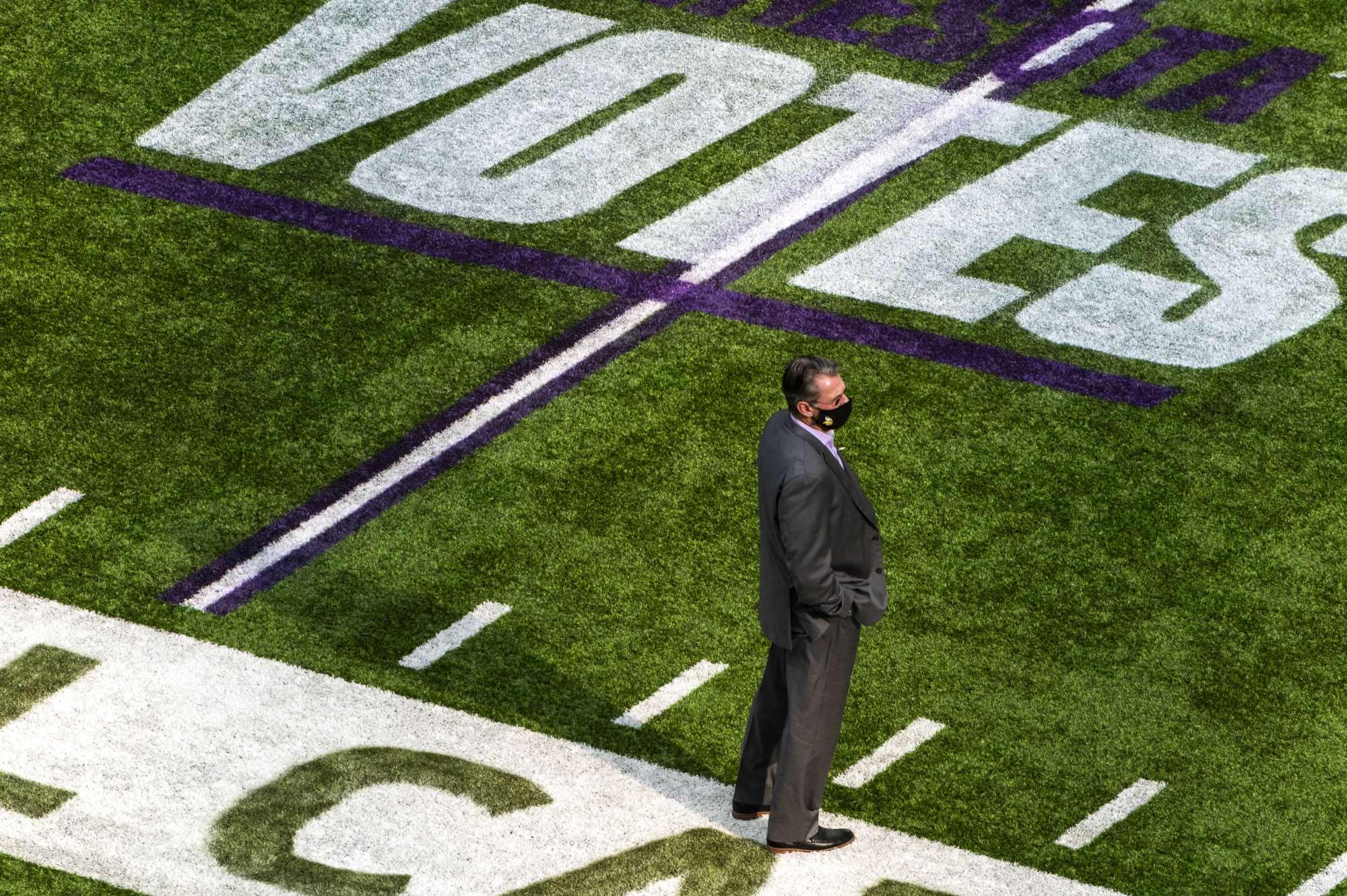 O GM do Minnesota Vikings, Rick Spielman, responde à punição do teto salarial da NFL