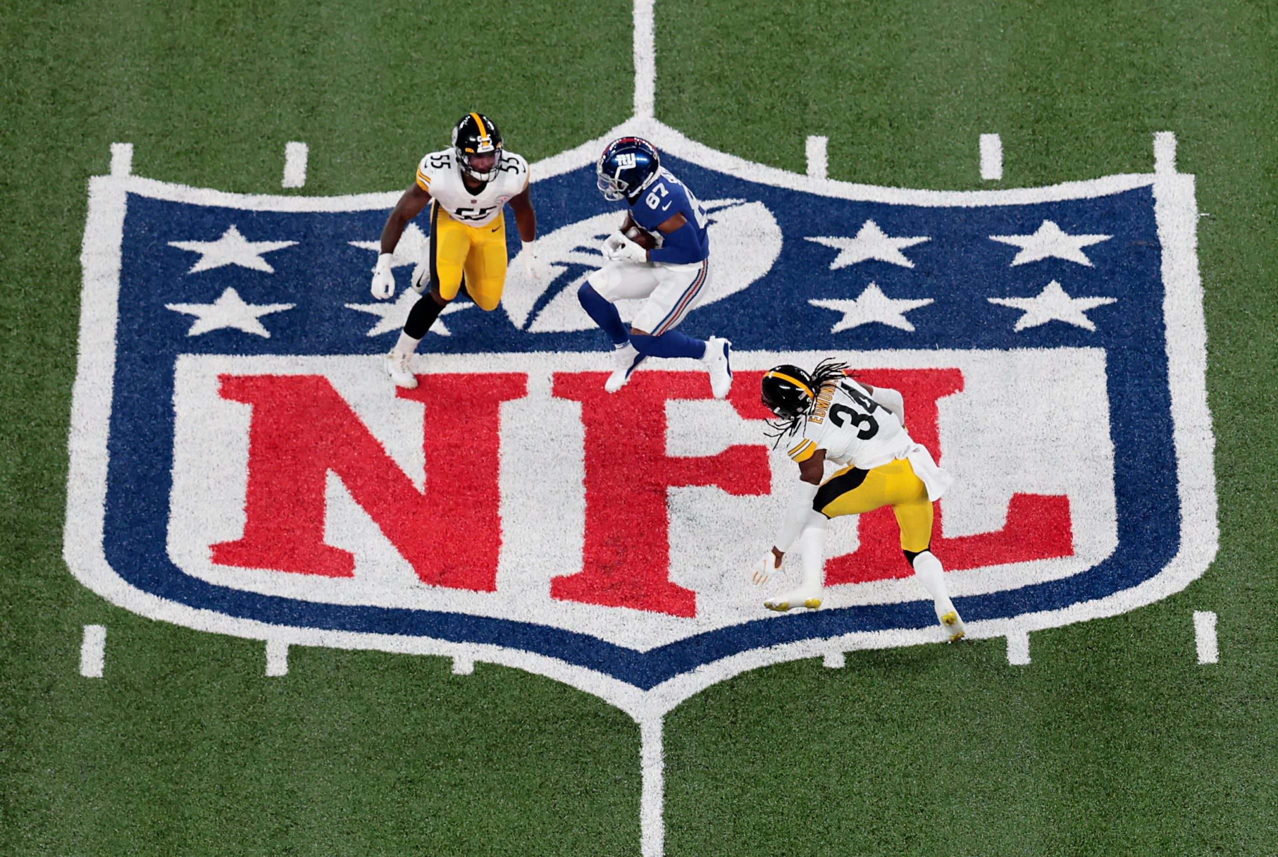 Com a conclusão dos negócios com a mídia, a NFL planeja mais de US $ 100 milhões por ano para seus direitos de dados