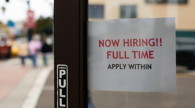 O crescimento do emprego nos EUA acelera em maio;  taxa de desemprego cai para 5,8%