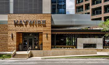 Haywire traz o verdadeiro sabor do estado da estrela solitária para a parte alta da cidade