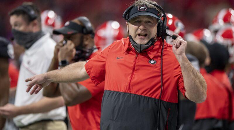 Futebol da Geórgia: Kirby Smart a favor do playoff de 12 times que beneficiaria os Bulldogs