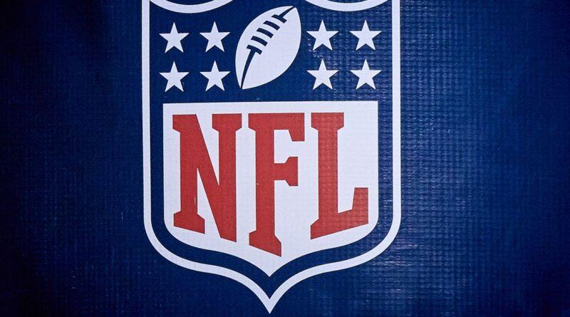 O acordo de concussão da NFL marginaliza atletas negros