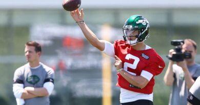 New York Jets QB Zach Wilson se encaixando durante os treinos fora de temporada – Sports Illustrated New York Jets News, Analysis and More