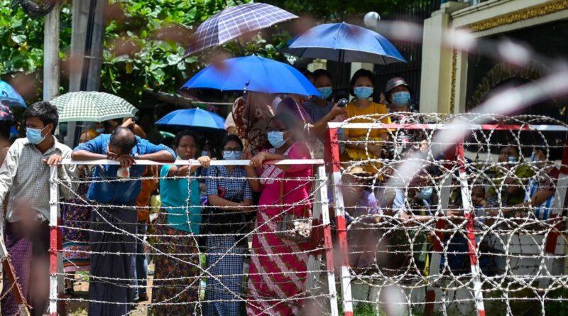 Junta militar de Mianmar vai libertar 700 prisioneiros da prisão de Insein em Yangon