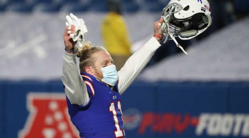Chris Long em Carl Nassib, jogadores não vacinados da NFL e mais – Sports Illustrated
