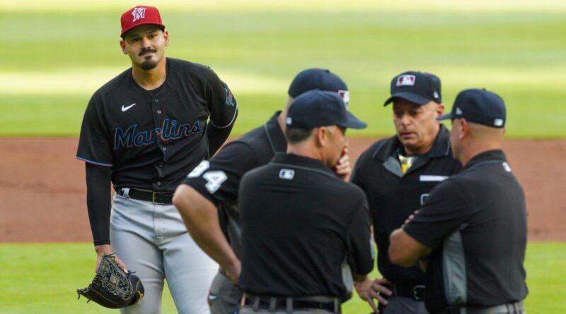 O arremessador de Marlins, Pablo López, ejetado após acertar Ronald Acuña Jr. com o primeiro arremesso – Sports Illustrated