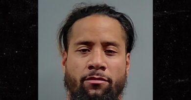 Jimmy Uso da WWE é preso por embriaguez novamente, policiais dizem que Wrestler Blew A .205