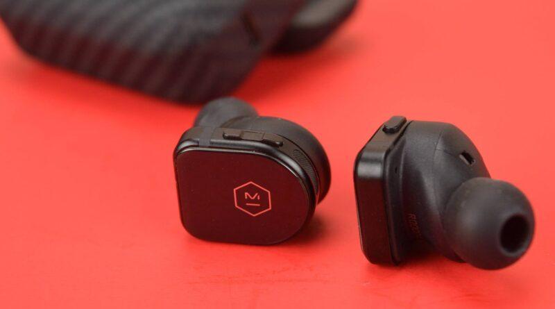 Análise dos verdadeiros fones de ouvido sem fio Master & Dynamic MW08 Sport