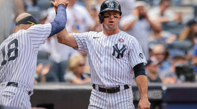Brett Gardner vence a guerra com Mets acertando Lindor e Baez com o polegar para baixo (Vídeo)