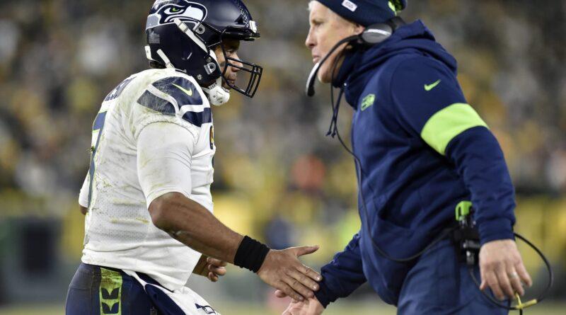 Russell Wilson recebe flashbacks do Super Bowl sobre o elenco de Manning com Derek Carr na zona vermelha INT
