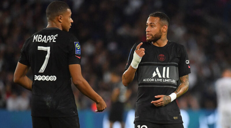 Mbappe reclama de Neymar na bancada do PSG;  Herrera nega tensão – Futebol – OneFootball on Sports Illustrated