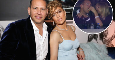 Alex Rodriguez brinca sobre estar solteiro após a separação de Jennifer Lopez