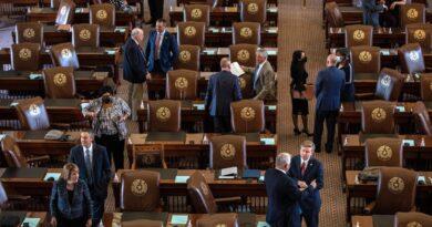 Texas House aprova projeto de lei voltado para estudantes transgêneros no esporte
