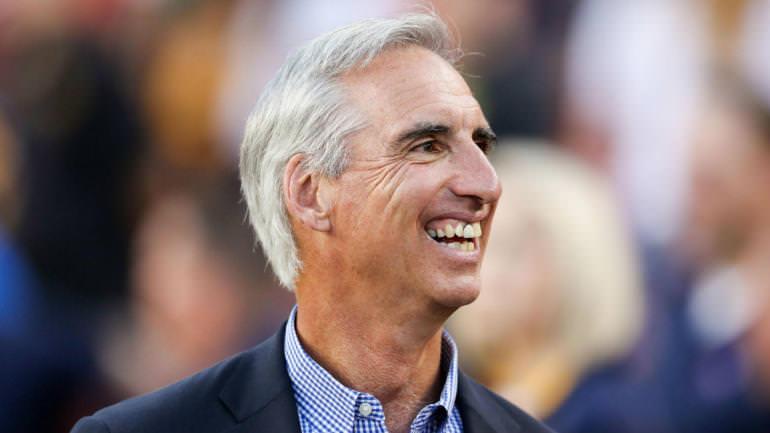 Este é o comissário da XFL: Oliver Luck, executivo da NCAA, assume o cargo de CEO da liga