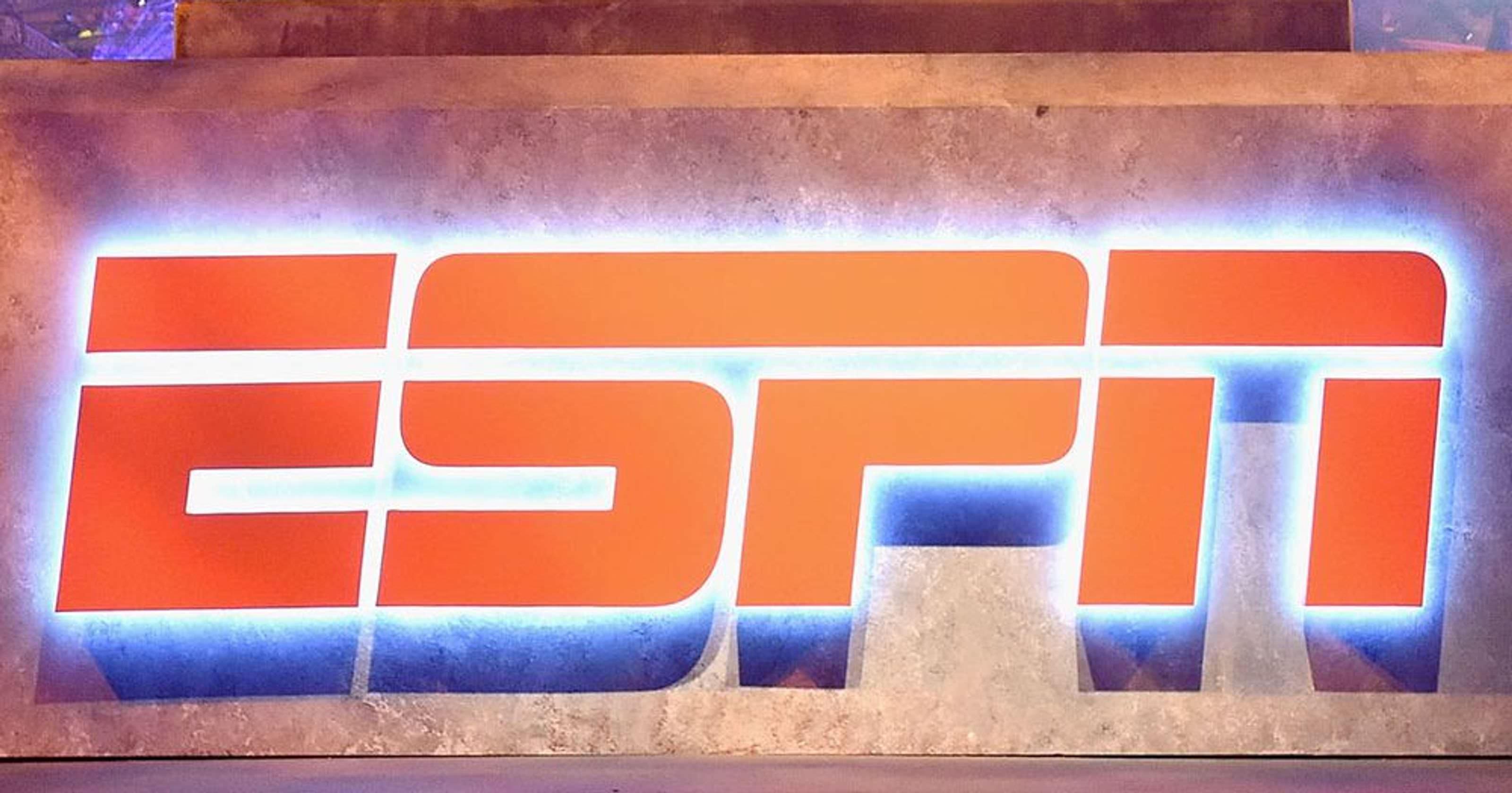 ESPN pede desculpas por usar 'Dixie' com Andrew Luck, tema da Guerra Civil