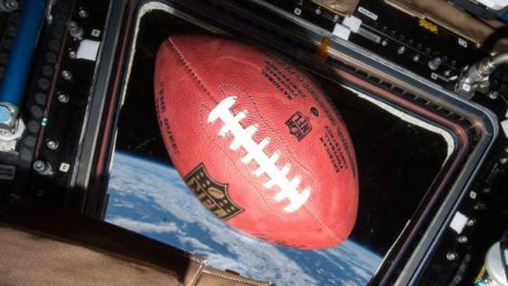 NASA tem uma bola com tie-ins do Super Bowl – CNET