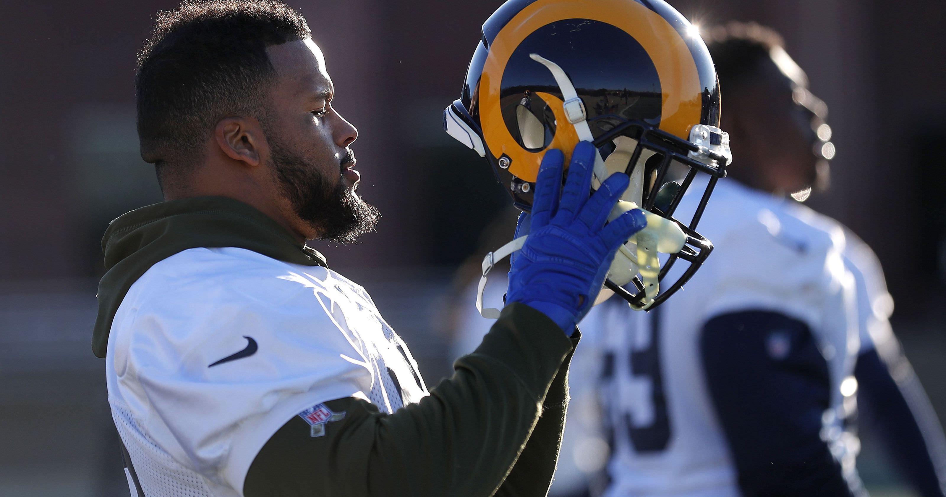St. Louis blues: fãs assistem a sua antiga equipe chegar ao Super Bowl