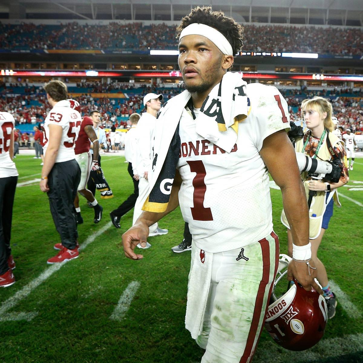 """Anonymous NFL GM: Kyler Murray """"tem poder para ditar"""" Team em 2019 NFL Draft"""