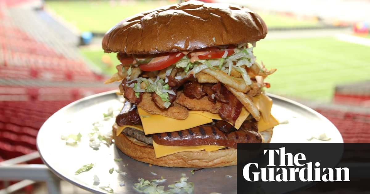 Comida do estádio da NFL: queijo, carne e hambúrguer de $ 75, £ 7 – em fotos