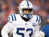 Colts LB Darius Leonard se recuperando de uma cirurgia no tornozelo