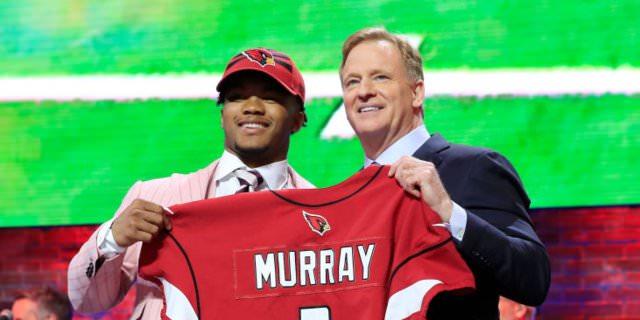 Aqui estão todas as escolhas da primeira rodada do draft da NFL de 2019 e como elas se comparam às previsões de especialistas