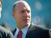 O gerente geral assistente de falcões Scott Pioli renuncia