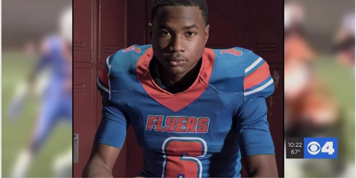Um jogador de futebol americano de 14 anos com ambições da NFL foi baleado e morto em uma festa