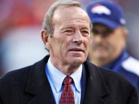 Broncos para homenagear Pat Bowlen com 'Mr. B 'capacete decalque