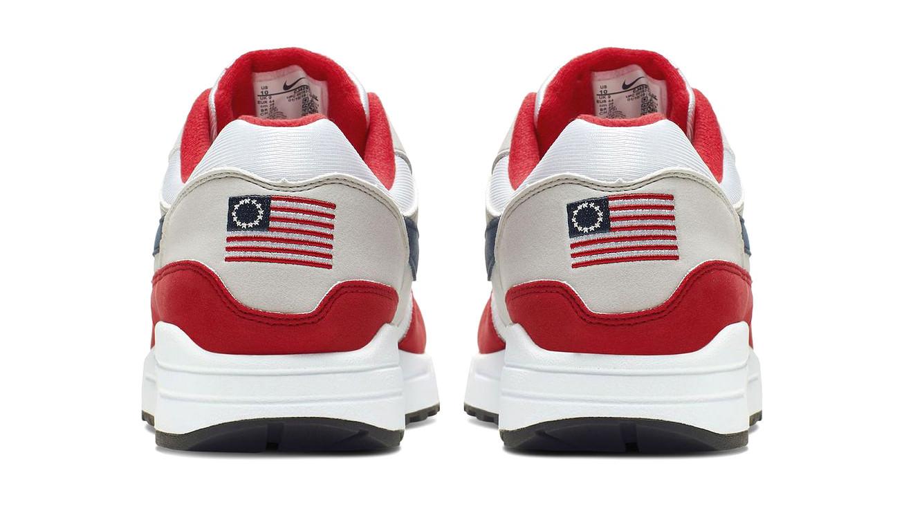 """Palavras-chave: McConnell diz que faria o """"primeiro pedido"""" se os lançamentos da Nike cancelassem os tênis """"Betsy Ross"""""""